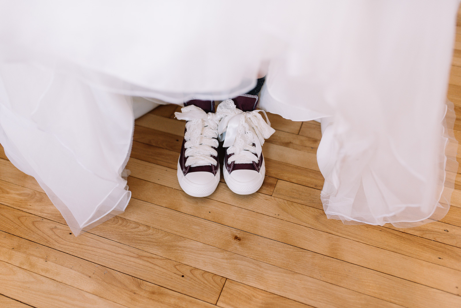 brides wedding converse shoes