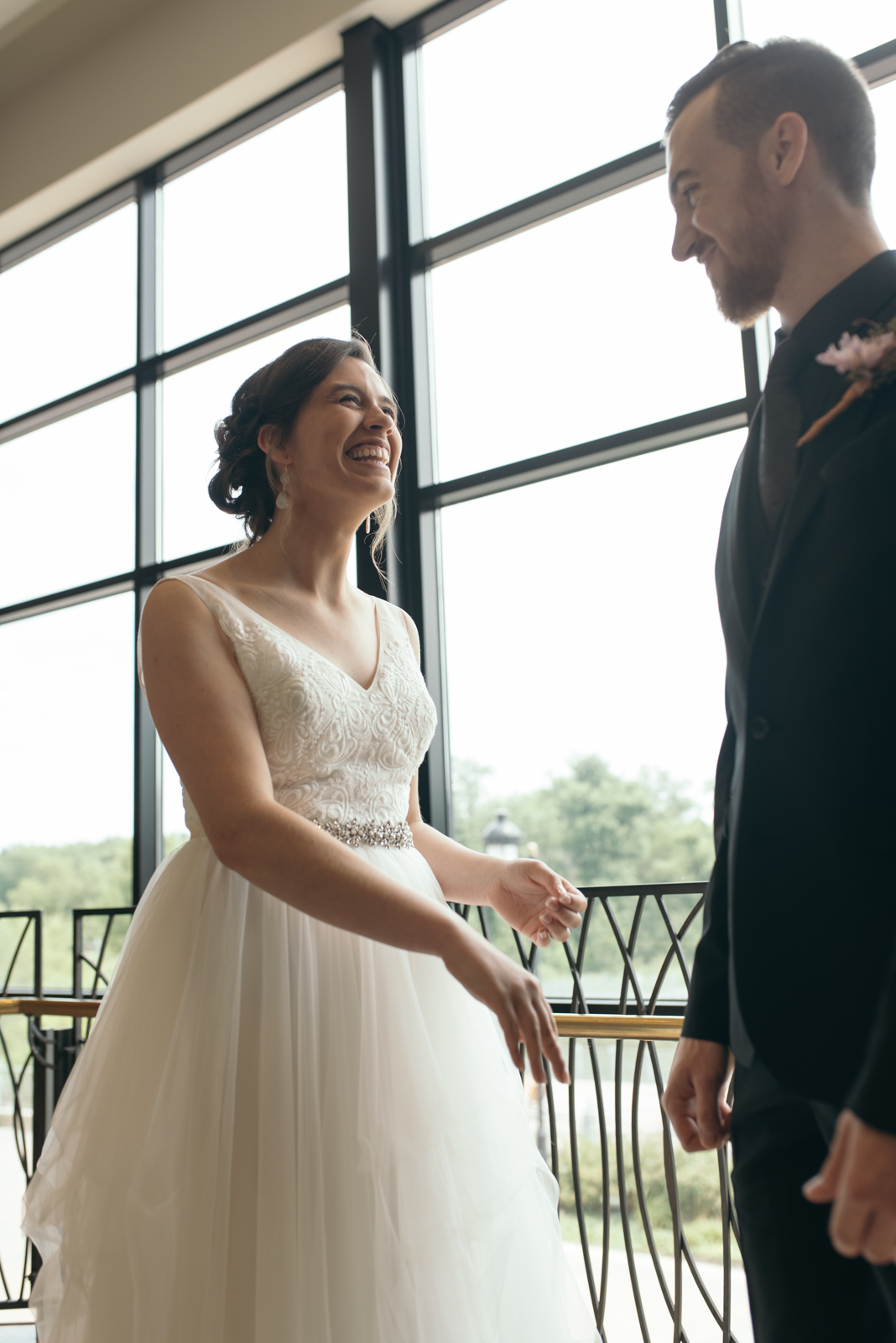 first look at coralville Iowa wedding