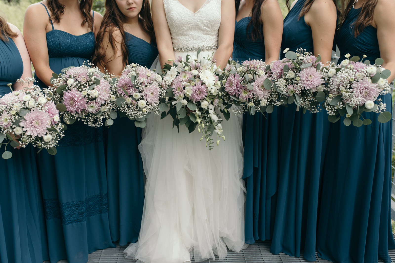 bridal bouquets coralville Iowa august wedding
