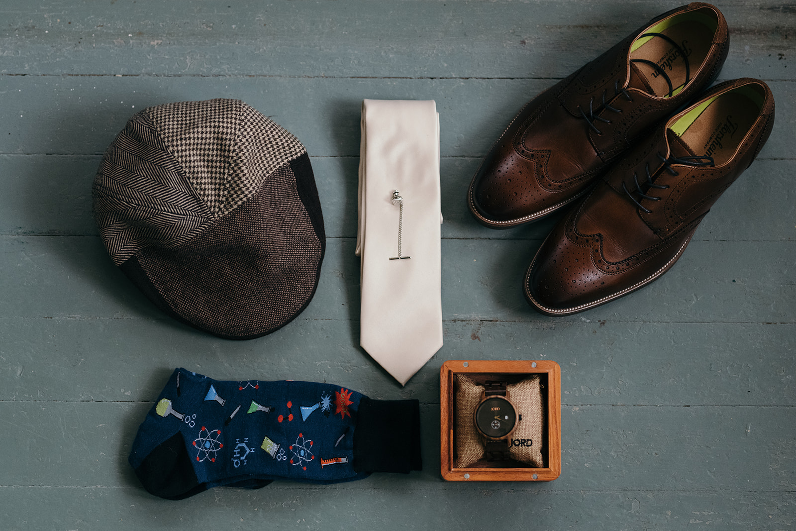 grooms wedding tie shoes watch socks and hat iowa city wedding