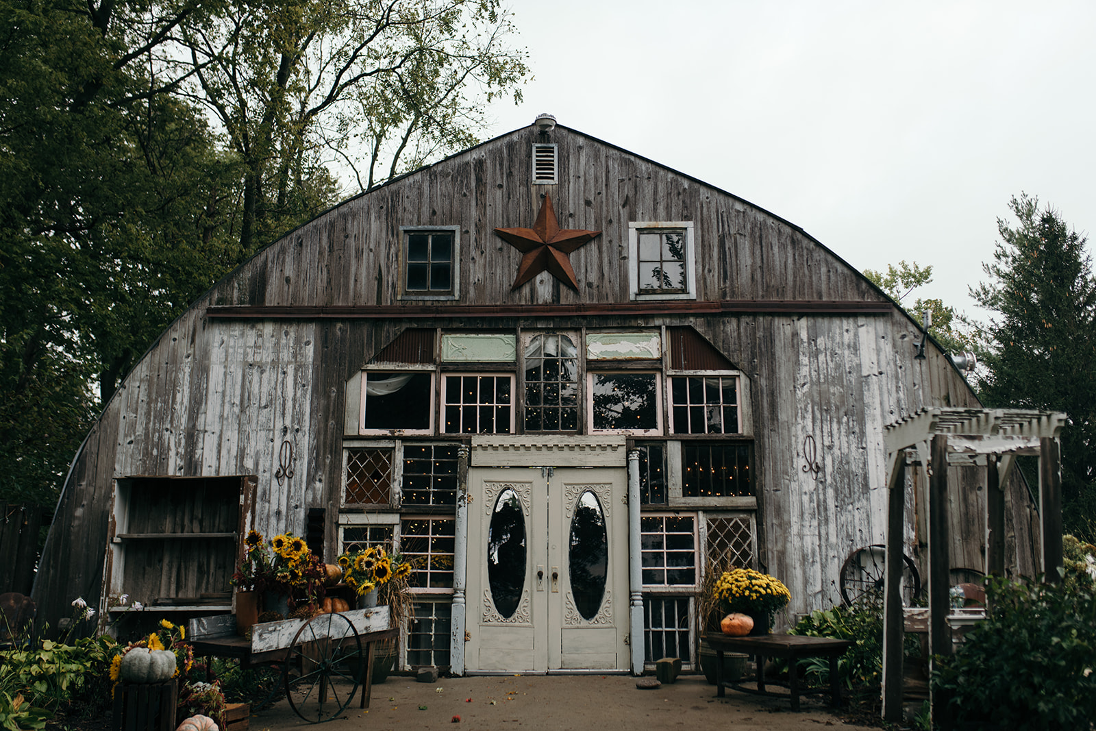 The Barn Wellman Iowa Wedding Venue Front