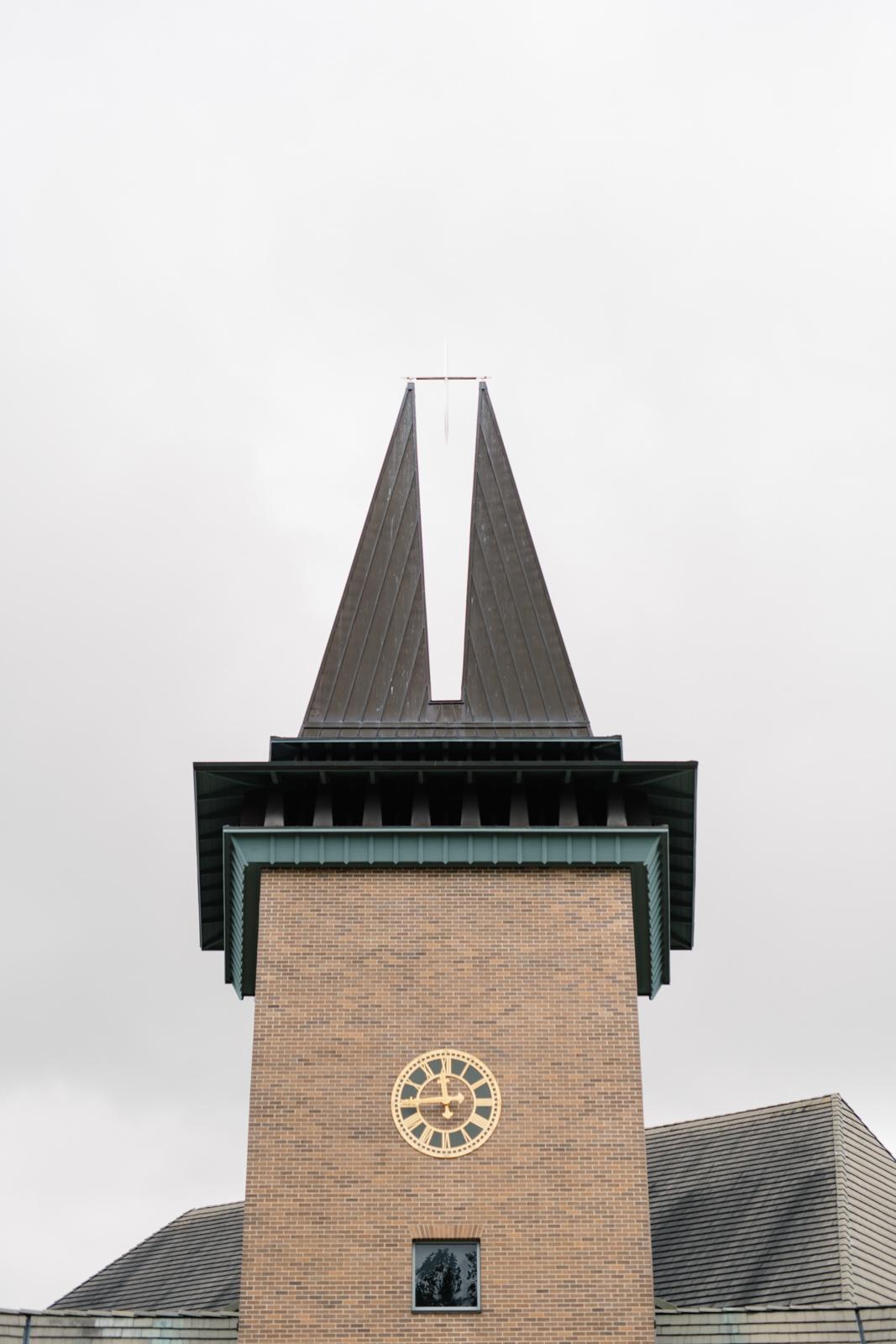 Wartburg college chapel iowa wedding