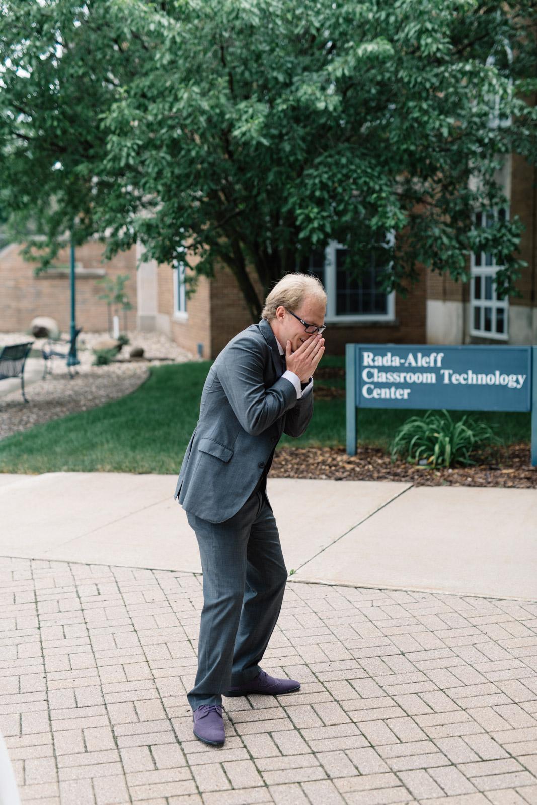 groom reaction first look wartburg college